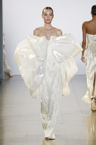 Vietnamese designer enters the big league at New York Fashion Week - 1