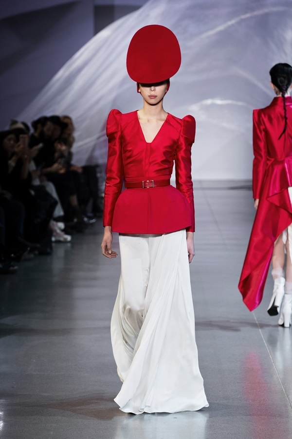 One more Vietnamese designer goes to New York Fashion Week - 2