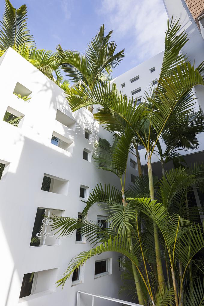 300 windows estate in Vietnams central coastal beach town - 9