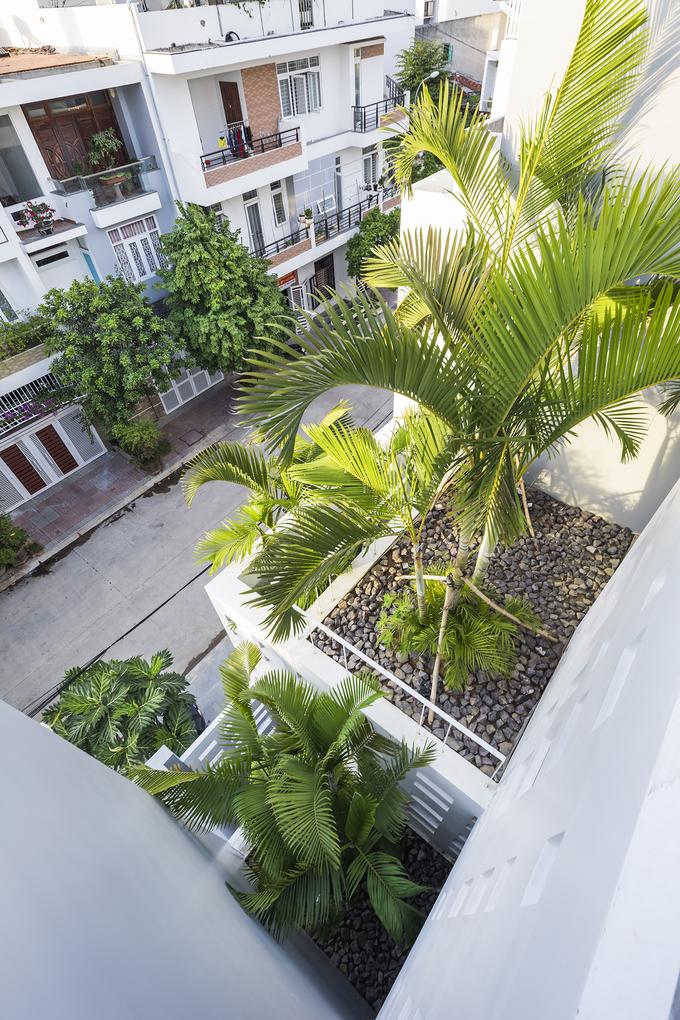 300 windows estate in Vietnams central coastal beach town - 8