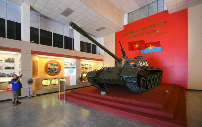 Vietnam Military History Museum preserves legacy of national resistance - 4