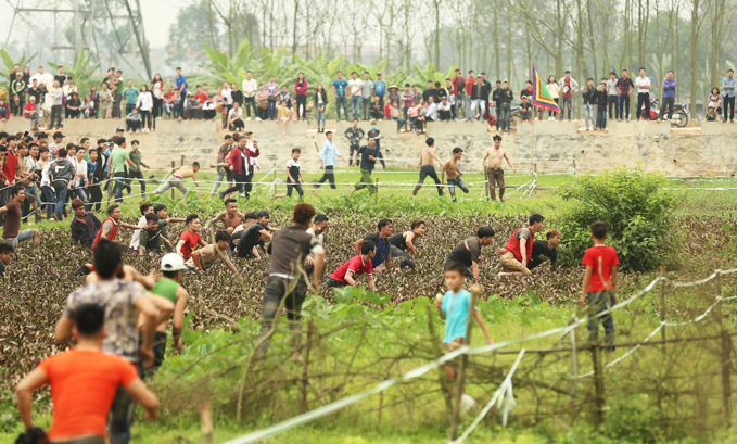 Villagers refuse to play ball as authorities suspend festival game - 7