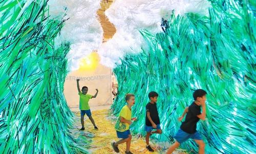Saigon's plastic wave rises to a Guinness world record