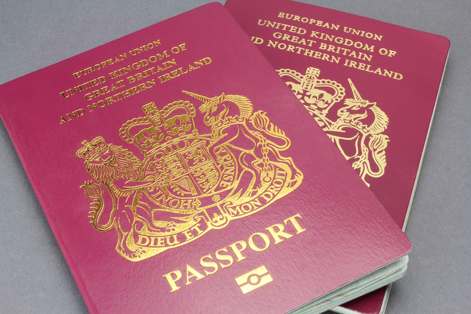 3 Vietnamese detained in Thailand for passport forgery