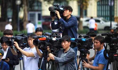 Foreign reporters flock to Hanoi ahead of Trump-Kim summit