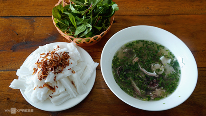 Banh muot is a signature dish of Nghe An. Photo by Di Vy.