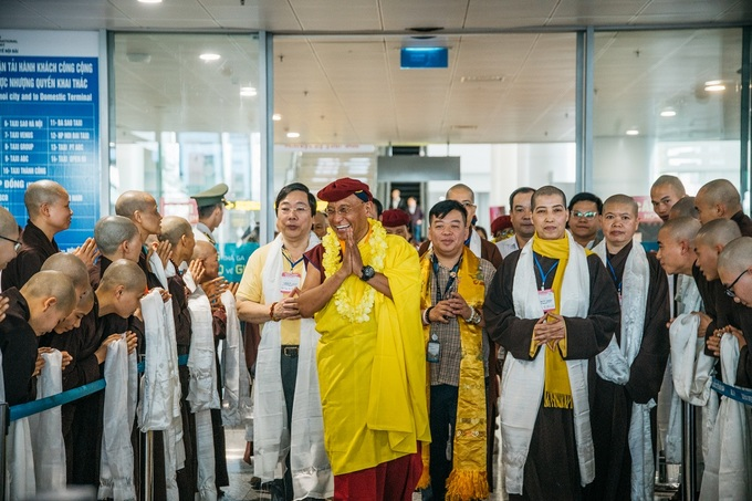 Venerated Buddhist monk Gyalwang Drukpa in Vietnam for spring festival