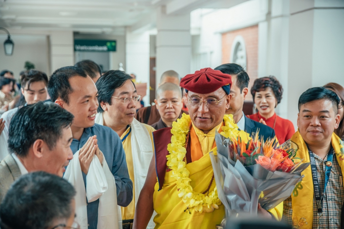 Venerated Buddhist monk Gyalwang Drukpa in Vietnam for spring festival - 4