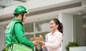 GrabFood grabs pole position in Vietnam food delivery market