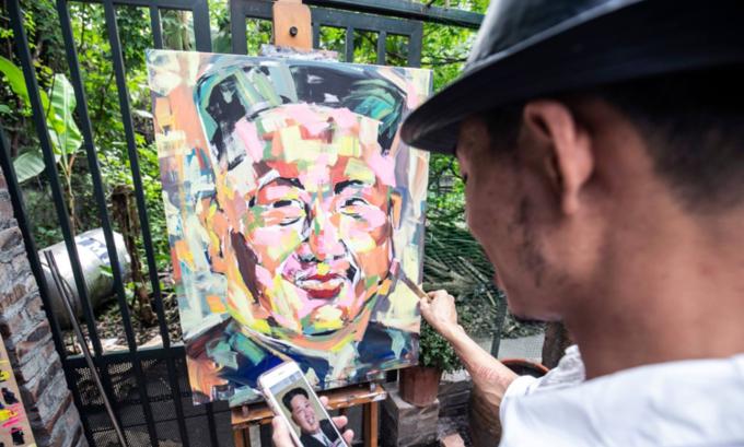 Trump, Kim portraits portray aspiration for peace: Vietnamese artist