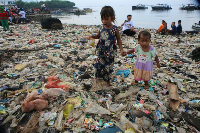 The yearly campaign kicked into action after rubbish was getting trapped in the fishing nets of locals. Photo by AFP/Perdiansyah