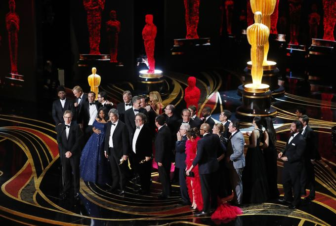 'Green Book' steals best picture Oscar, Colman and Malek are best actors