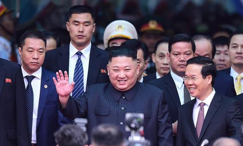 North Korean leader Kim Jong-un arrives in Vietnam to warm welcome