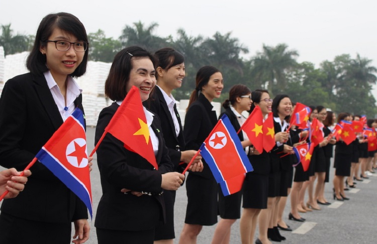 Workers welcome the North Korean delegation at the An Phat Plastic Comapany in Hai Duong on February 28, 2019. Photo by VnExpres/Anh Minh