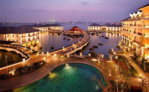 5-star hotel InterContinental Hanoi Westlake sold to Vietnamese firm