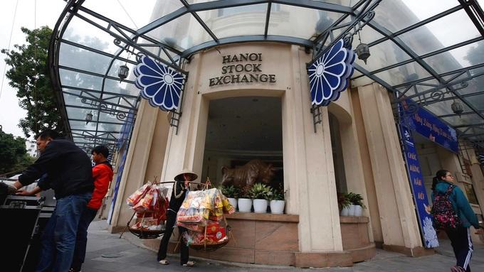 Southeast Asia stocks: Vietnam, Singapore lead gains on trade deal hopes