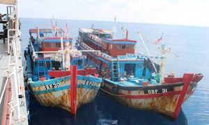 Malaysia seizes two Vietnamese boats for illegal fishing