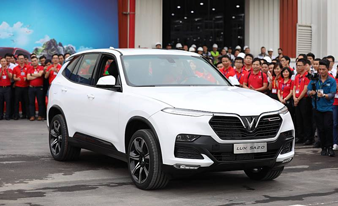 VinFast rolls out its first made-in-Vietnam car
