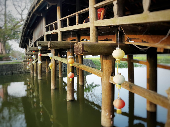 240-year-old bridge near Hue continues to enchant - 3