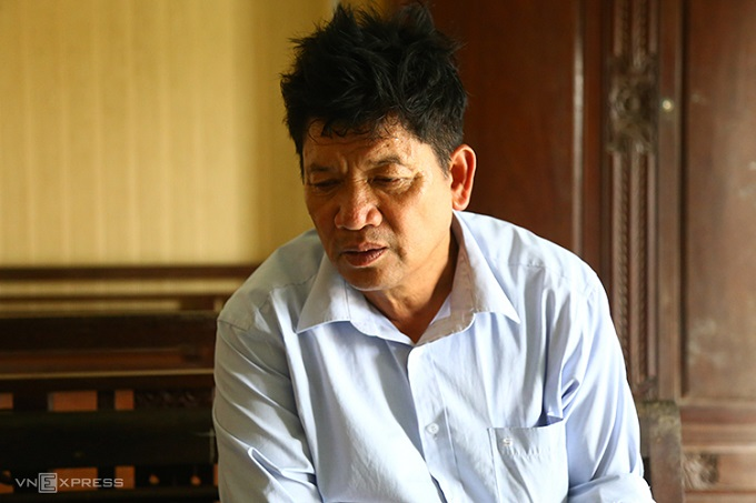 Doan Van Thanh, father of Doan Thi Huong, a suspect in the murder of Kim Jong-nam, speaks about her Thursday trial at his home in Nam Dinh Province. Photo by VnExpress/Pham Du