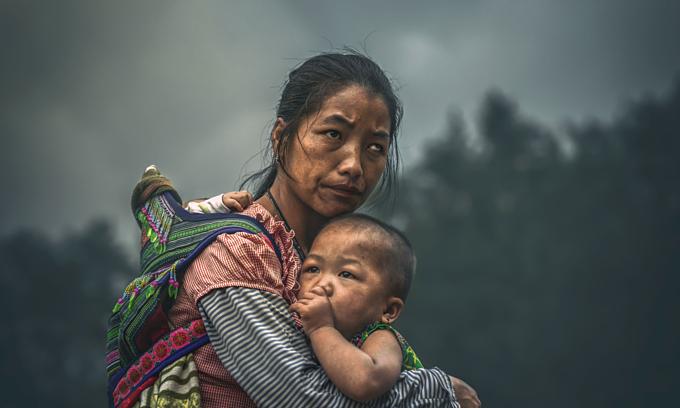 Photo of Vietnamese ethnic minority woman, children wins prestigious international award