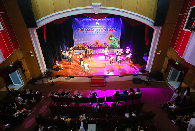 Tran Huu Trang Theater, which used to be Hung Dao Theater, was the most prominent venue for reformed theater. Photo acquired by VnExpress