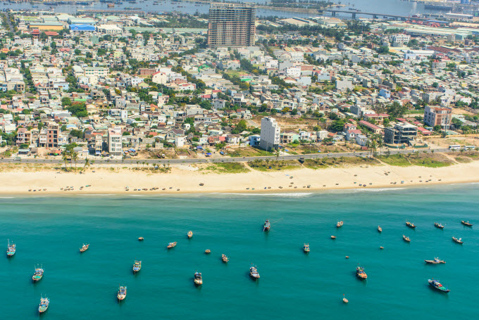 My Khe Beach in the central city of Da Nang is viewed from the helicopter. Photo by Shutterstock/tonkin