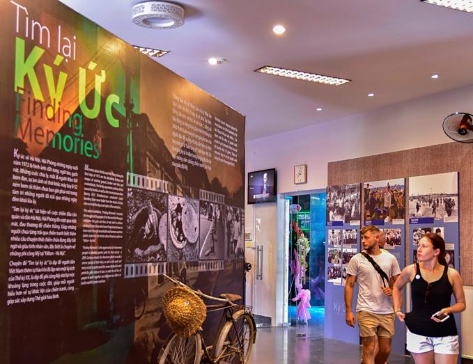 Saigon exhibition recalls Vietnam War stories