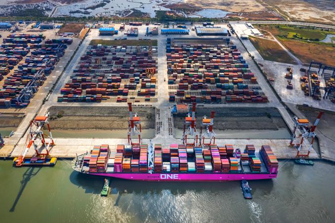 China slowdown to have moderate impact on Vietnam