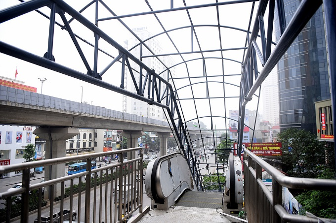 Hanoi metro stations in line for April launch - 5