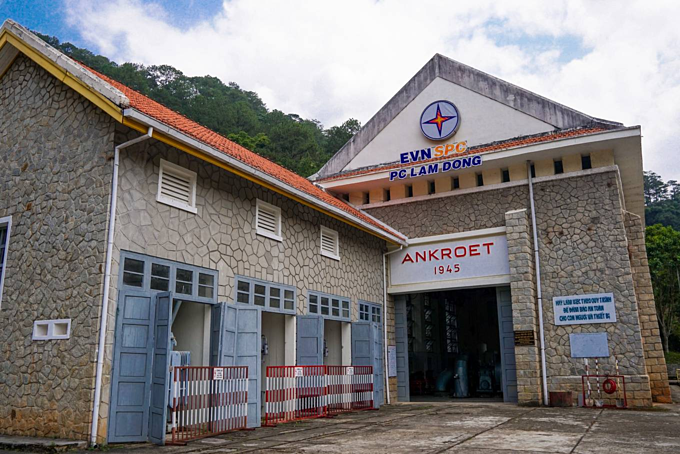 French colonial-era power plant near Da Lat now a tourist attraction - 1