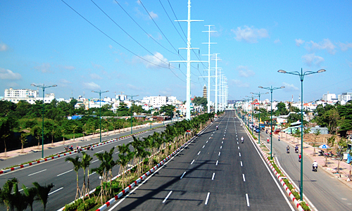 Funds strapped HCMC hopes public-private partnerships will do the trick