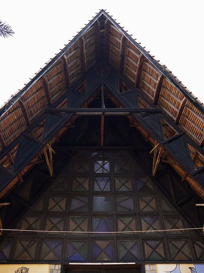 Da Lat's communal house-style church - 4