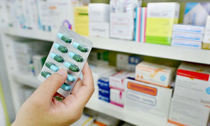 Vietnam cracks down on drugstores selling without prescriptions