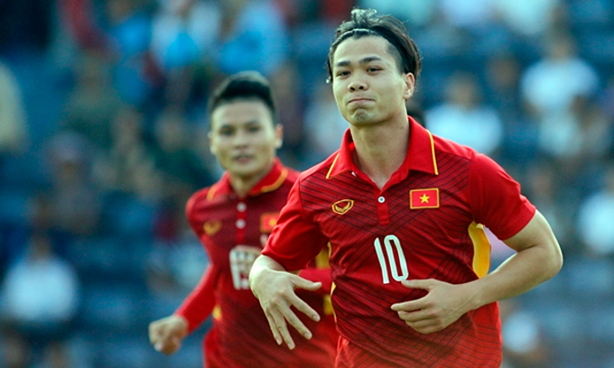 Park Hang-seo era: Vietnam stays unbeaten in Southeast Asia - 1