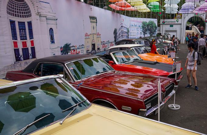Blast from the past: Vintage cars make Saigonese nostalgic - 1