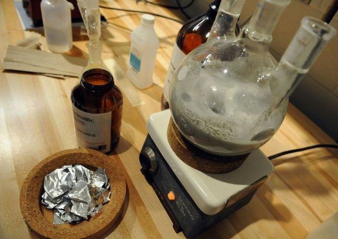 Breaking Bad: Japan prof 'made students produce ecstasy'