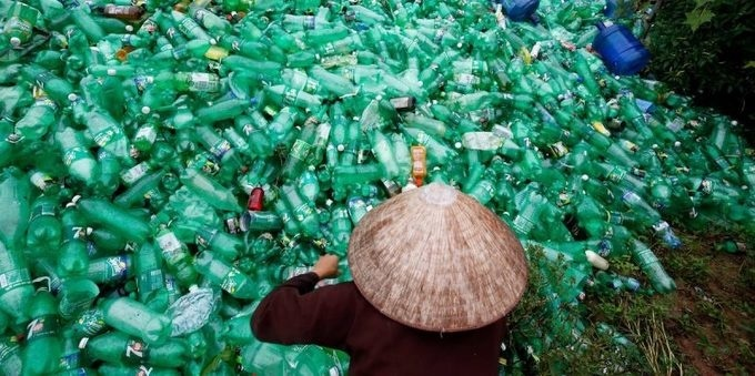 Vietnam plans to build first road made from recycled plastic