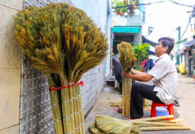 A few Saigon families continue to make a clean sweep - 9