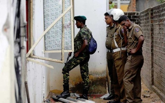Sri Lanka bans groups suspected to be behind attacks; ringleader's relatives wounded