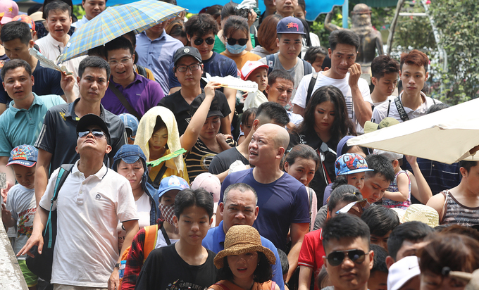 Hanoi a huge holiday draw for Vietnamese tourists