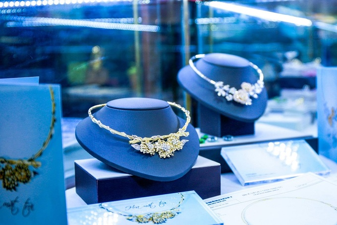 Vietnam's top jewelry firm keeps defunct joint venture on its books