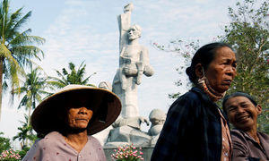 Vietnam mulls making War Invalids and Martyrs Day a public holiday
