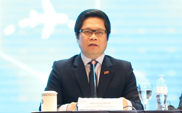 Vu Tien Loc,  president of Vietnam Chamber of Commerce and Industry (VCCI)