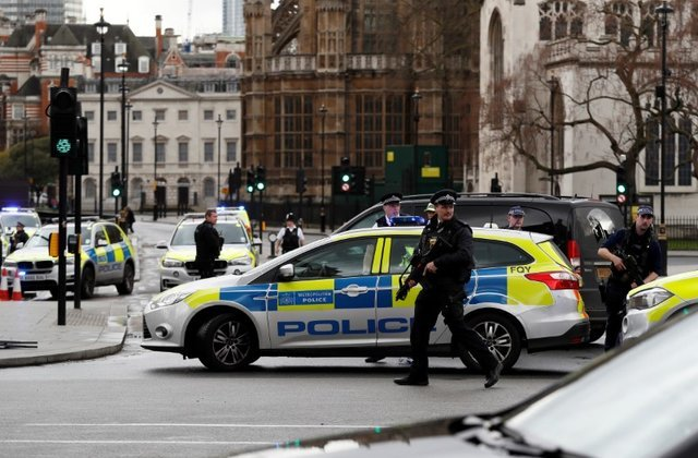 British men admit smuggling 29 Vietnamese into UK