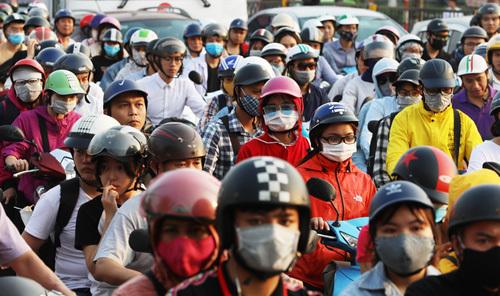 Hanoi may ban motorbikes ahead of 2030: city chairman