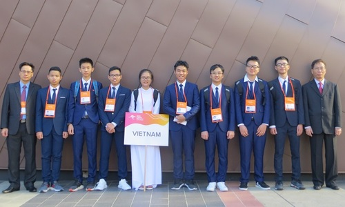 Vietnamese students win silver medals in Asian physics competition