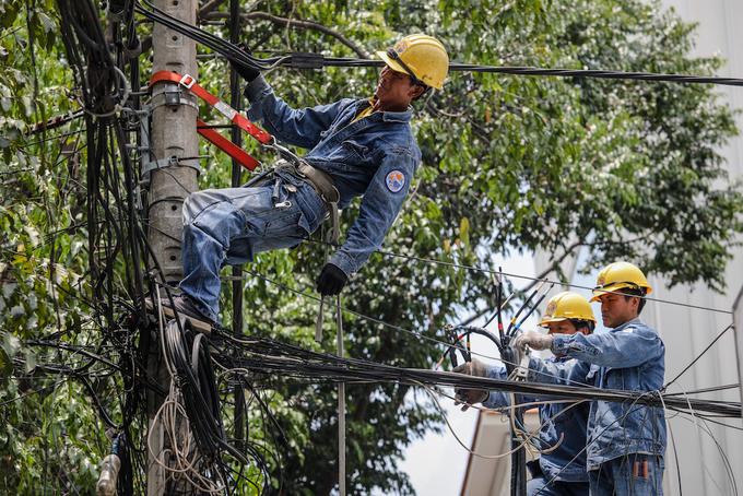 Power consumption surges as summer heats up
