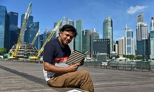 Bangladeshi's diary spotlights Singapore migrant struggles