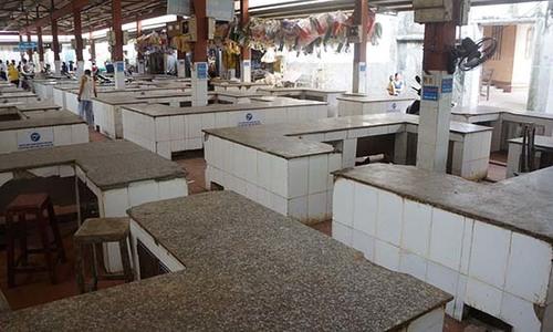 Farmers riled as Vietnam commune bans slaughter, sale of pigs